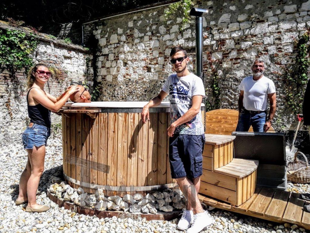 Fiberglas Whirlpool hot tub im Freien Frankreich