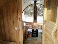 Sauna mit vollem Panoramafenster im Winter