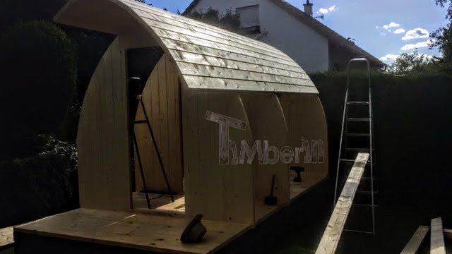 DIY Outdoor Holzsauna - Montage von Wänden